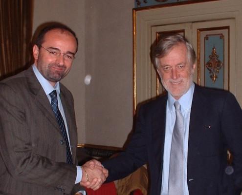 Il Presidente AIDOSP, Francesco Di Nisio, con l'on Carlo Scognamiglio